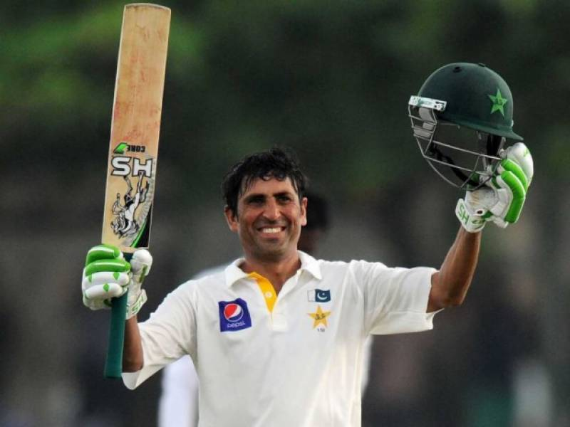 Younis Khan receives heroic welcome in Karachi