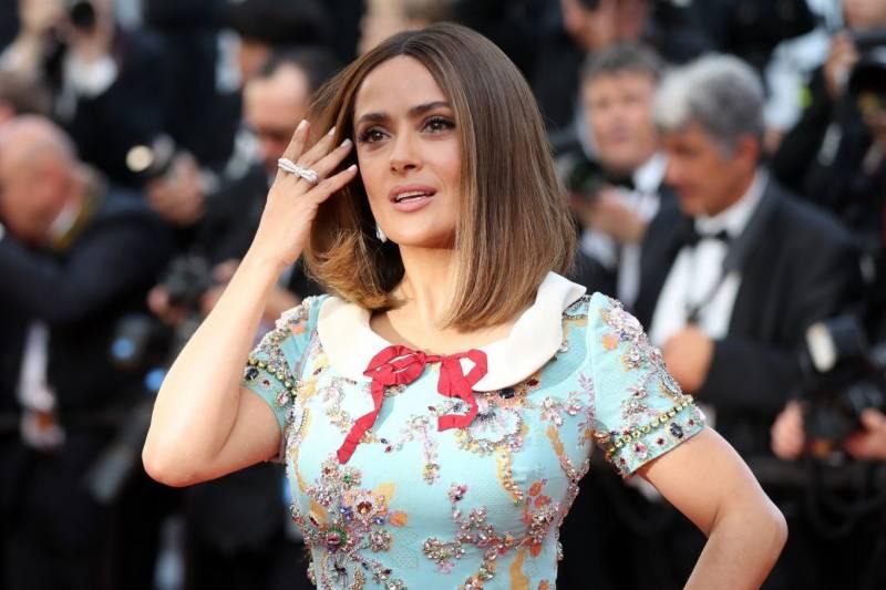 Hollywood treats women actors like