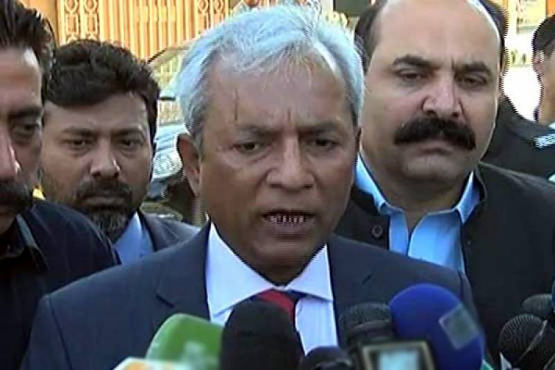 Nehal Hashmi threatens officials conducting accountability of PM, family