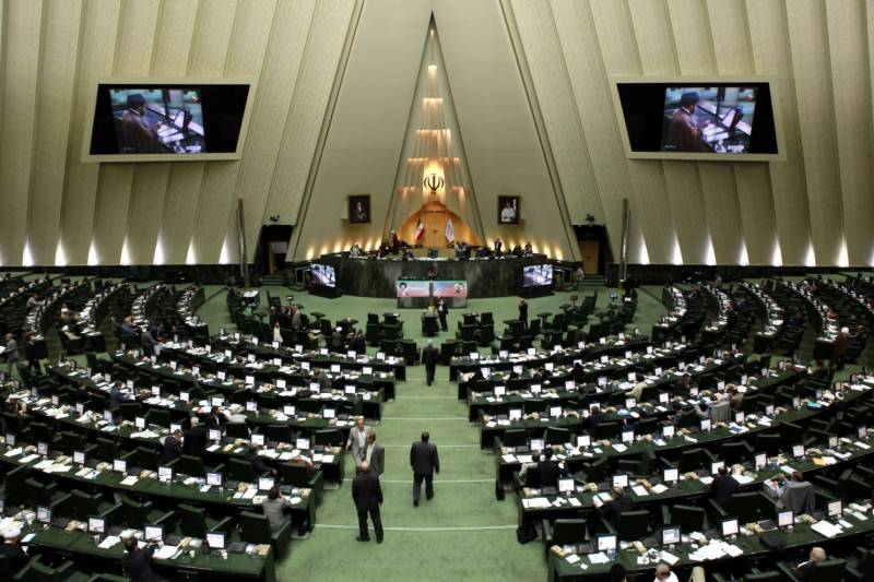 Attack on Iran's parliament, Khomeini's Mausoleum leaves up to 12 dead, several injured