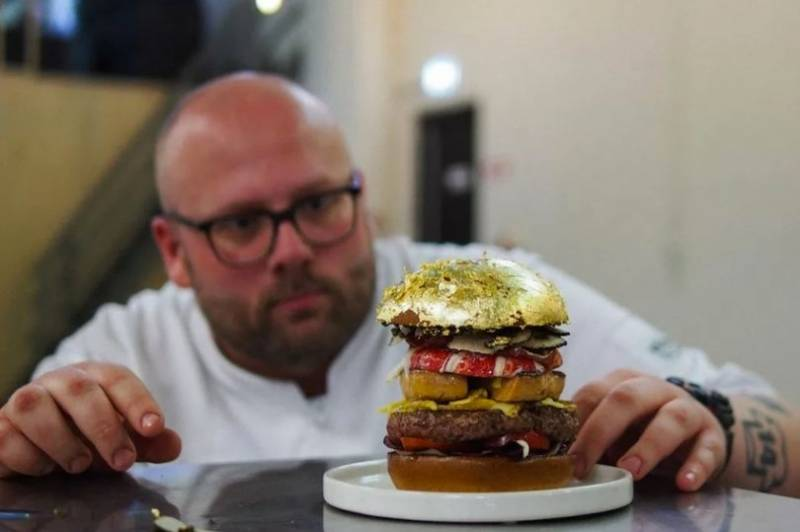World's most expensive burger (Pics)