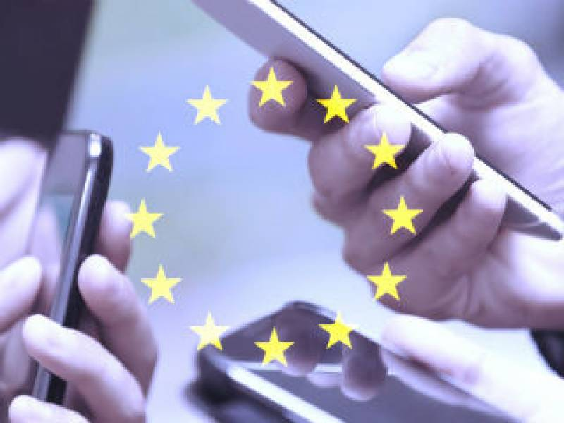 EU ends mobile roaming charges for citizens
