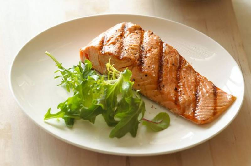 Eating fish helps to relieve Blood-Pressure symptoms