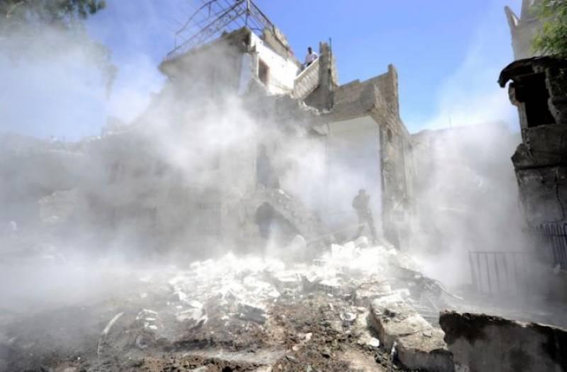 Damascus car bombs leave 20 dead, dozens injured
