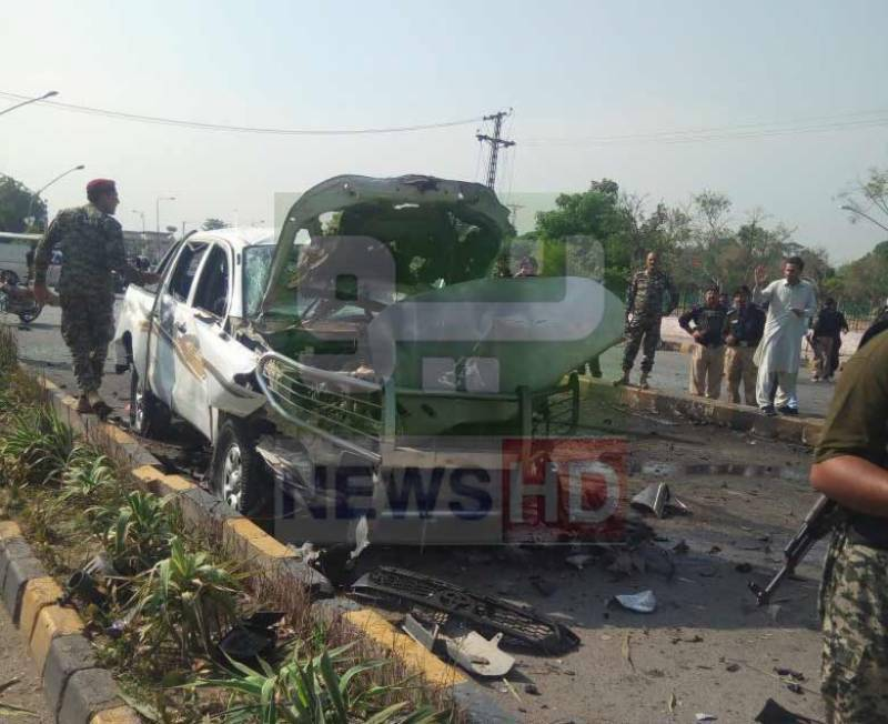 Suicide blast in Peshawar: Two FC personnel martyred, 4 injured