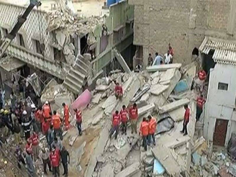 3 Killed, 9 wounded as three-storey building collapses in Karachi