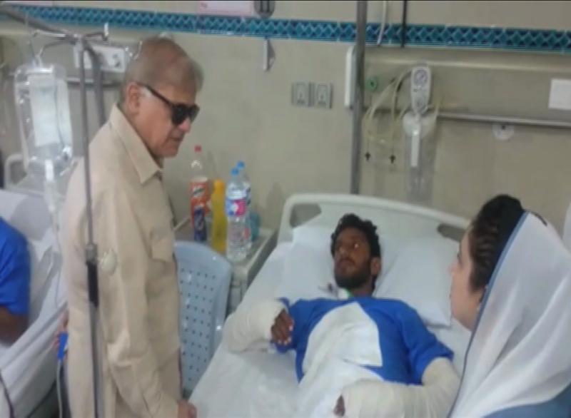 CM Punjab visits Lahore blast victims in Ittefaq hospital