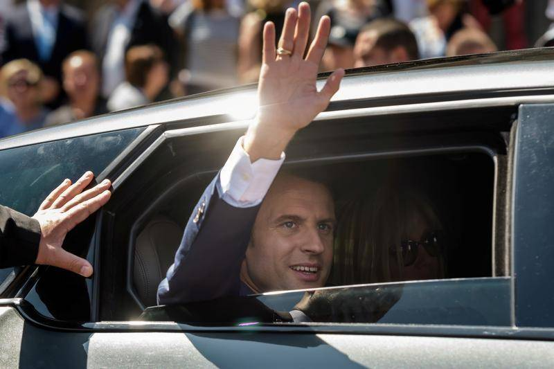 Russia used Facebook to spy on Macron campaign