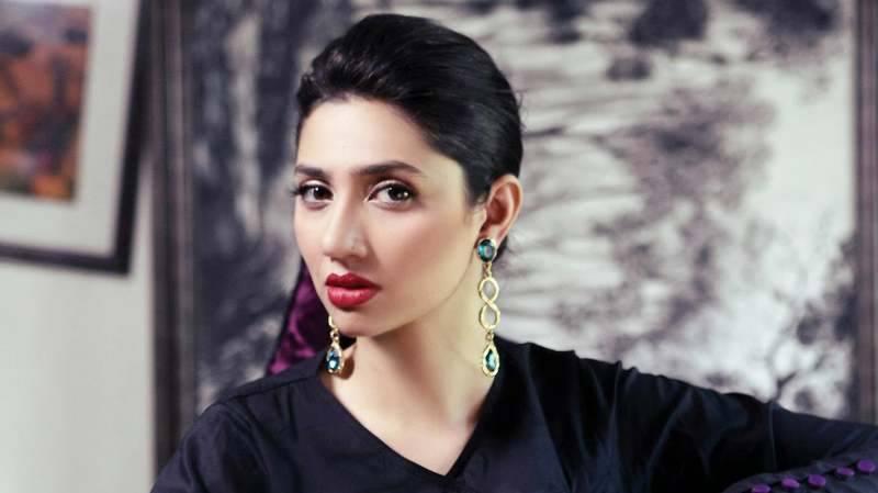Mahira trolled for her tweet supporting Ayesha Gulalai