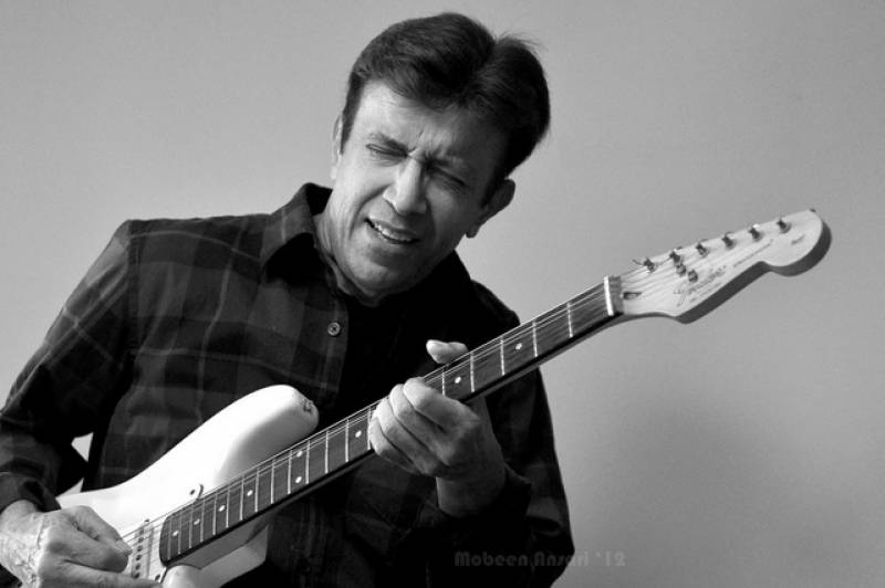 King of pop music Alamgir celebrates 62nd birthday
