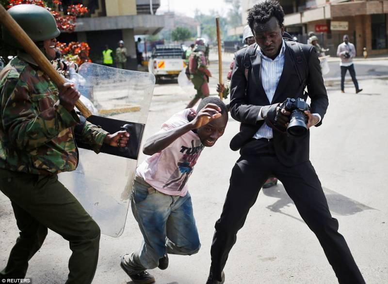 Kenyan police kill 11 protesters demanding re-election of President Kenyatta