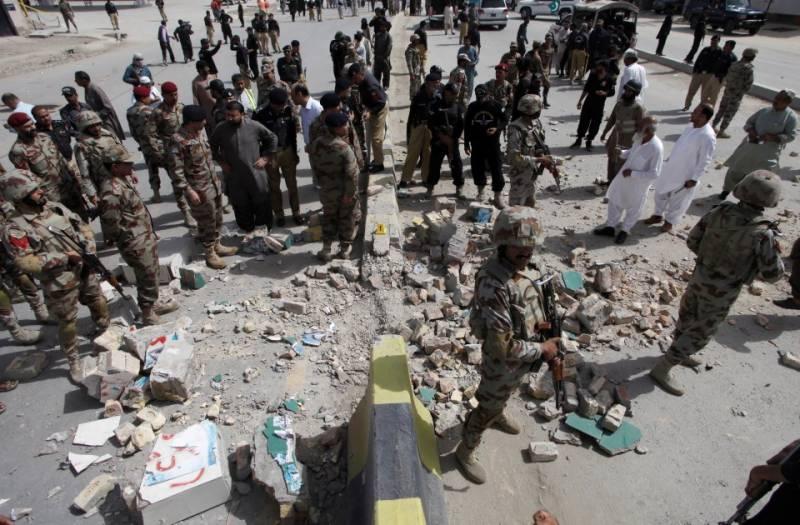Roadside bomb blast kills eight soldiers in Quetta