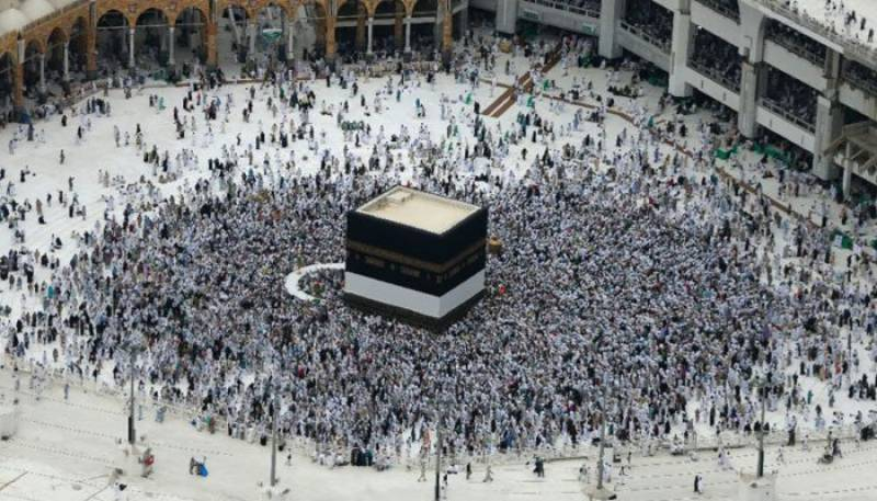 Saudi King orders to reopen Qatar border for Hajj pilgrims