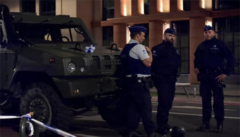 Belgian soldiers shoot dead knife attacker in Brussels