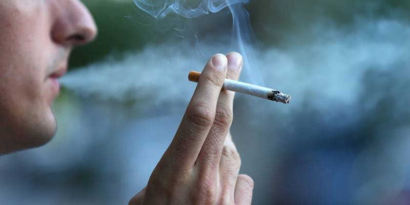 Smoking tied to frailty in older adults: Study