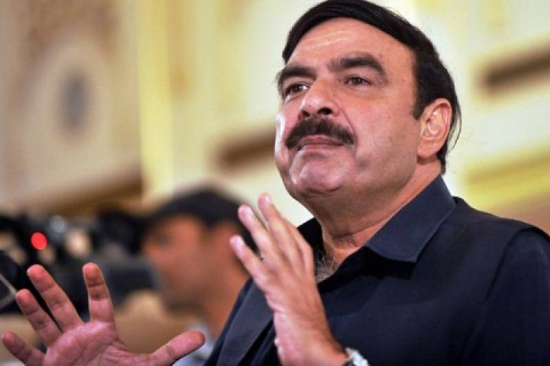 Sheikh Rasheed submits reference against PM Abbasi
