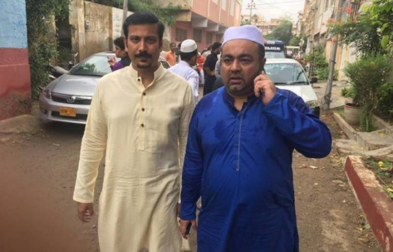 Attack on MQM's Izharul Hassan: Police conduct raids to arrest 'mastermind'