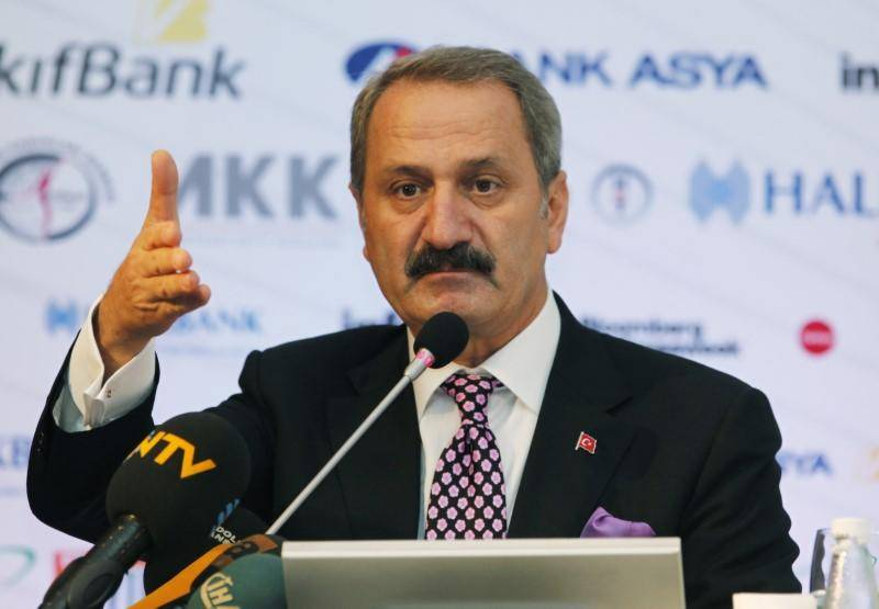 US charges former Turkish minister with Iran sanctions evasion