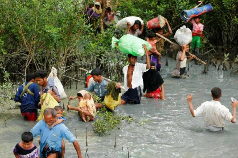Myanmar violence: 'Alarming' surge in Rohingya refugees in Bangladesh