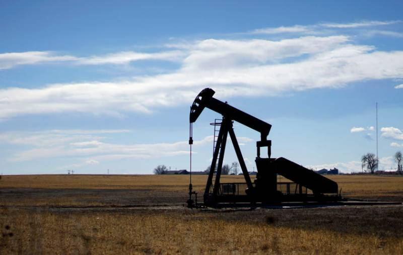 Oil prices set for weekly gains as demand outlook brightens