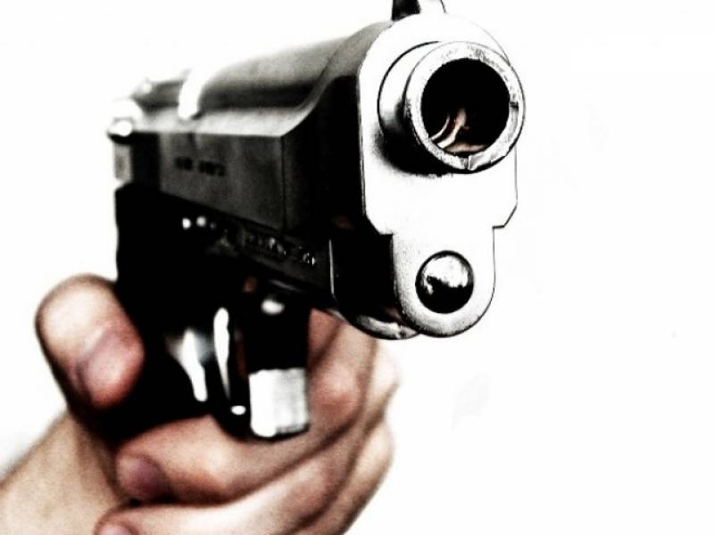 Lawyer, wife and son shot dead in Sheikhupura