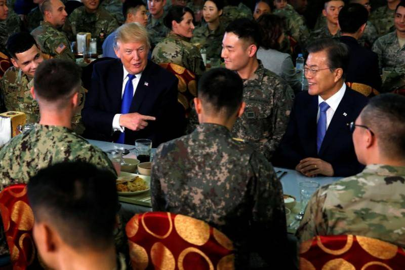 Trump lands in South Korea, frontlines of North Korean nuclear standoff