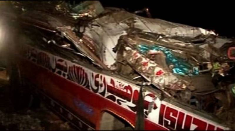 20 killed 52 injured in road accident near Chakwal