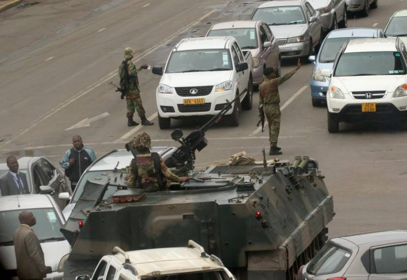Zimbabwe army launches takeover against 'criminals' around Mugabe