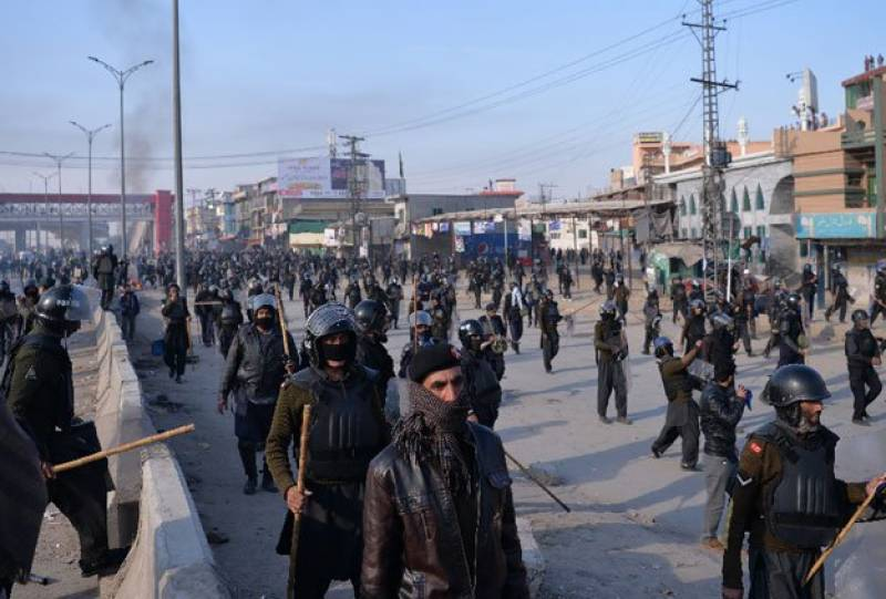 Islamabad operation: 6 killed, hundreds injured in clashes between LEAs, protesters