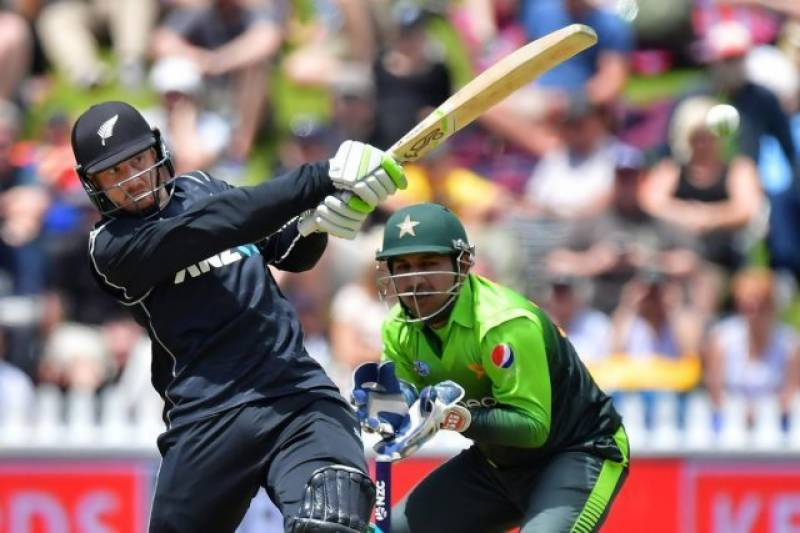 4th ODI: New Zealand beat Pakistan by 5 wickets