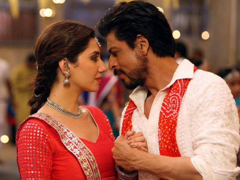 'Raees' with Mahira Khan, puts SRK in trouble