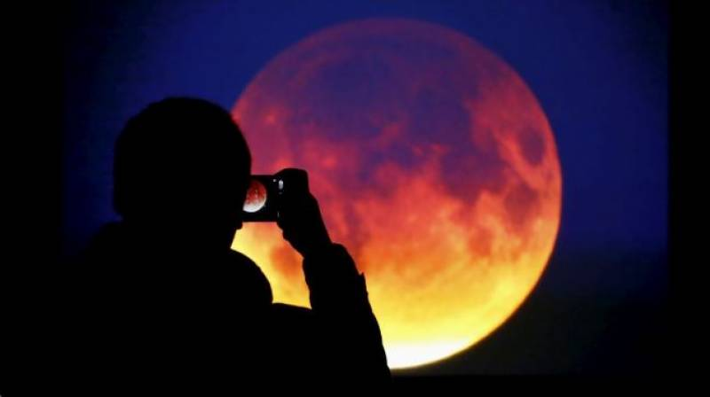 Pakistan witnesses once-in-150 years 'Super Blue Blood Moon' eclipse