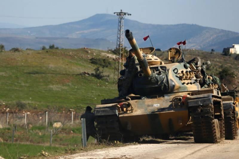 French President warns Turkey over Syrian operation
