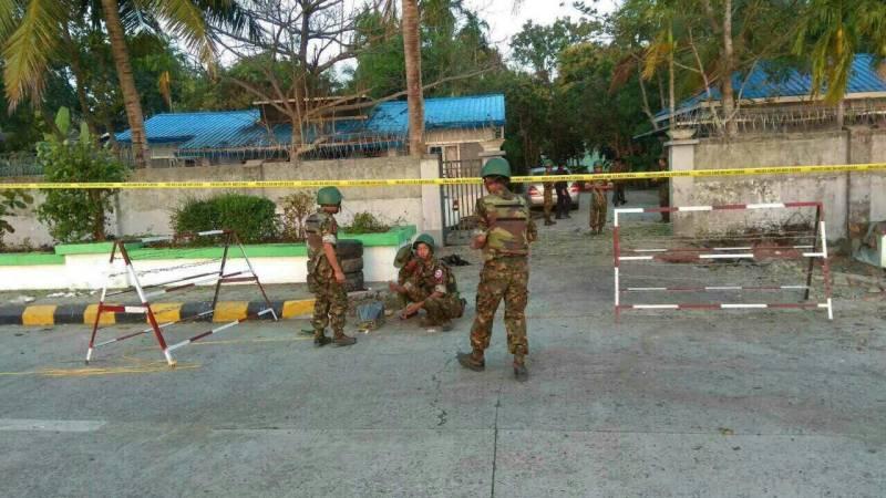 Three bombs rock Myanmar's northwestern city Sittwe, policeman injured