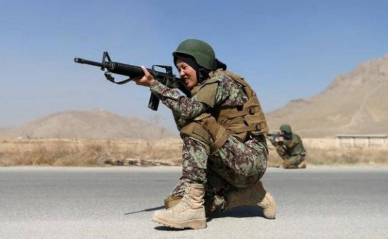 Qatar allows women to serve in armed force for first time