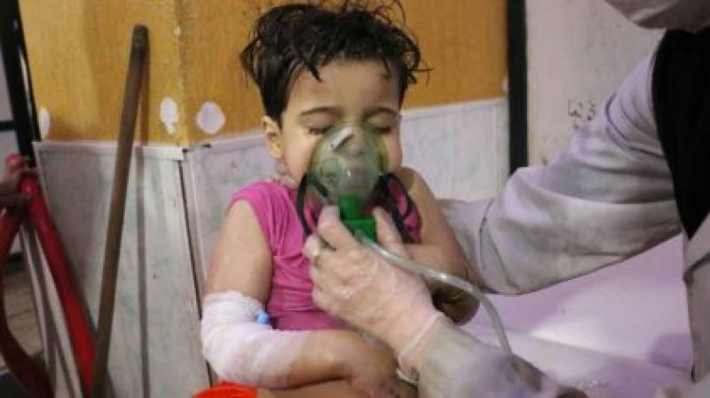 Death toll reaches 80 in Syria gas attack, new strikes pound Ghouta