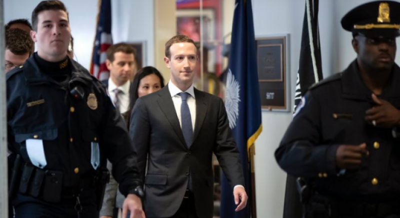 Mark Zuckerberg plans to apologize for Facebook mistakes