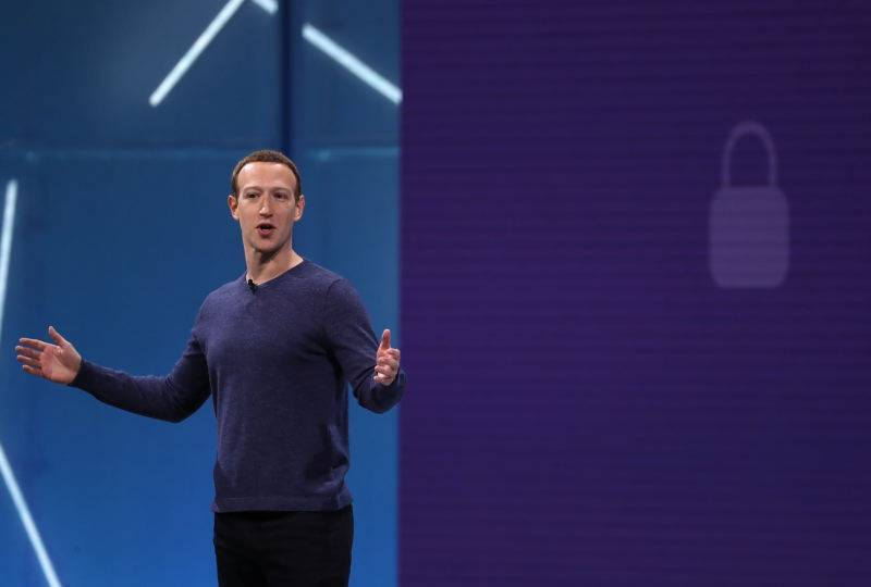 FB adds 'Clear History' option amid privacyscandal