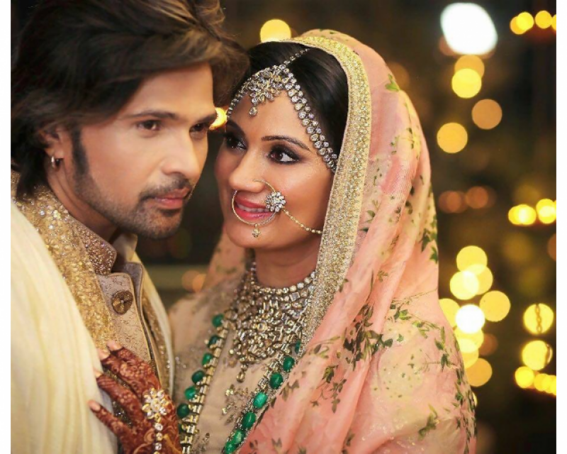 Himesh Reshammiya ties knot with longtime girlfriend
