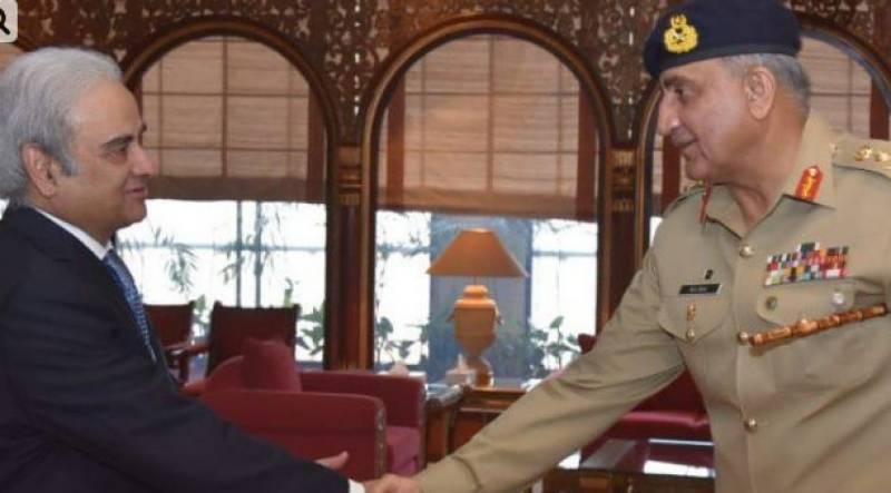Army chief Bajwa meets caretaker PM Mulk