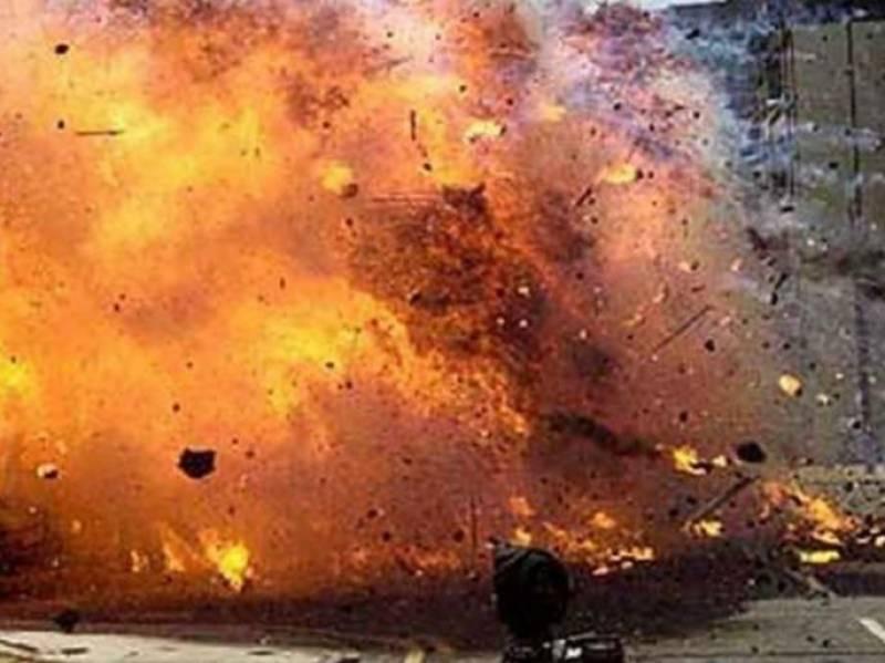 10 killed in Afghan govt office attack