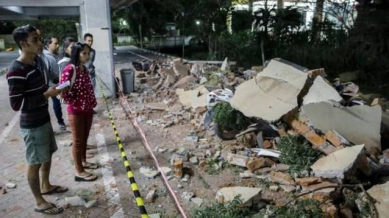 Over 90 killed after 7.0 magnitude quake hits Indonesia's Lombok island