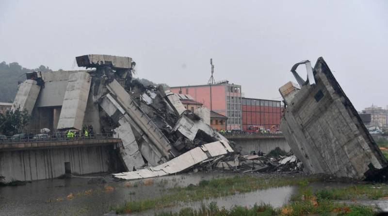 At least 35 killed as bridge collapses in Italy