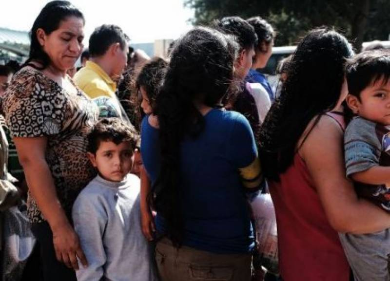 US approves plan to reunite separated immigrant families