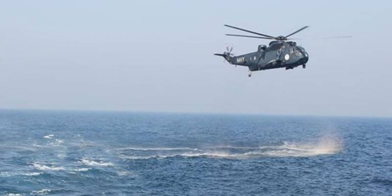 One martyred as Pakistan Navy helicopter crashes in Arabian Sea