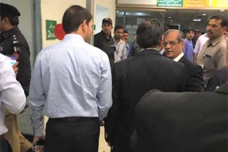 Liquor bottles found in Sharjeel Memon's room as CJP visits hospital