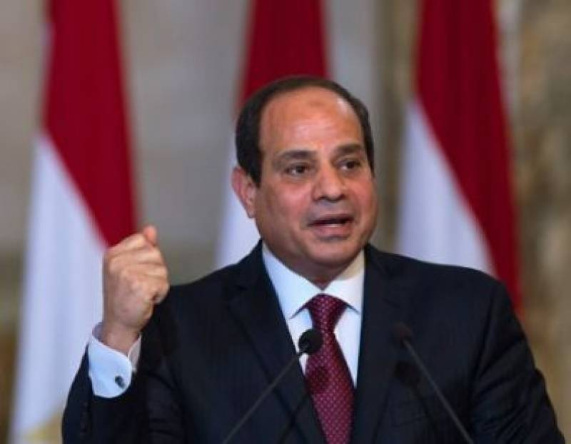 Egypt approves law clamping down on social media