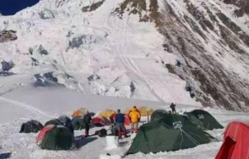 Search underway for 9 climbers killed on Nepal peak