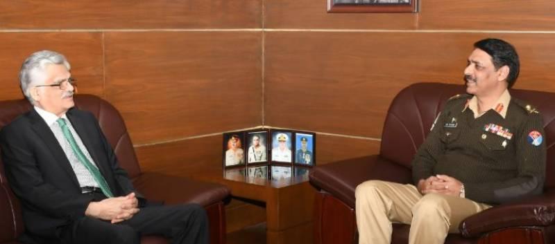 PEMRA chairman calls on ISPR director general