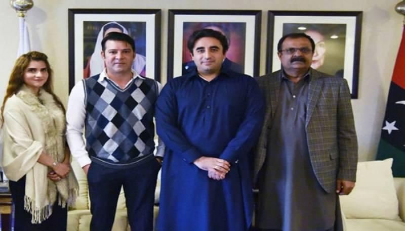 Film star Moammar Rana joins PPP